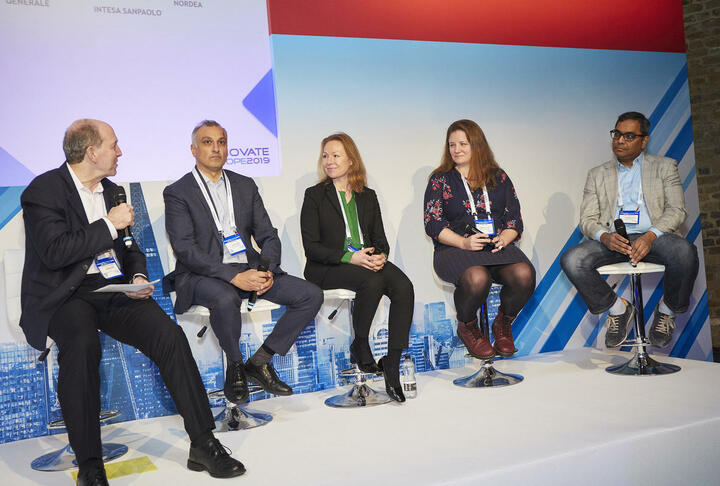 SME Finance Forum CEO Moderates Finovate Panel on Routes to Digitisation and Transformation