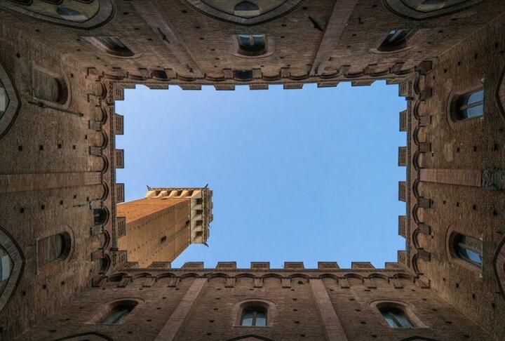 How Alternative Finance Can Help SMEs: A Case Example from Italy