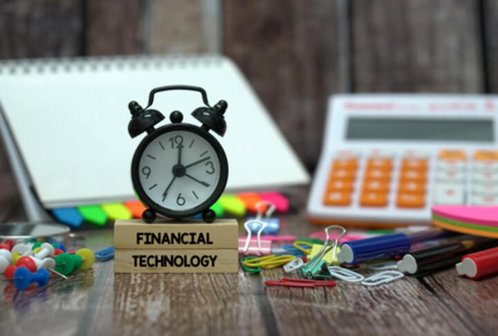 Digital Disruption Revisited - What FinTech VC Investments Tells Us About a Changing Industry